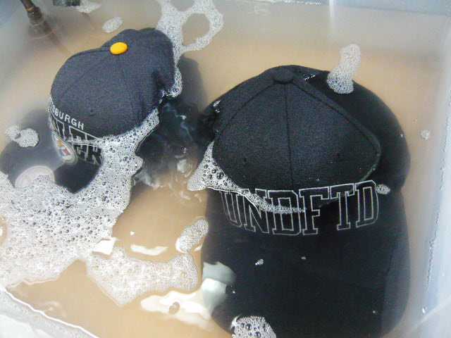 【キャップの洗濯方法】汗染み・型崩れ防止グッズは ...